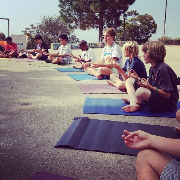 learn how to teach yoga to children